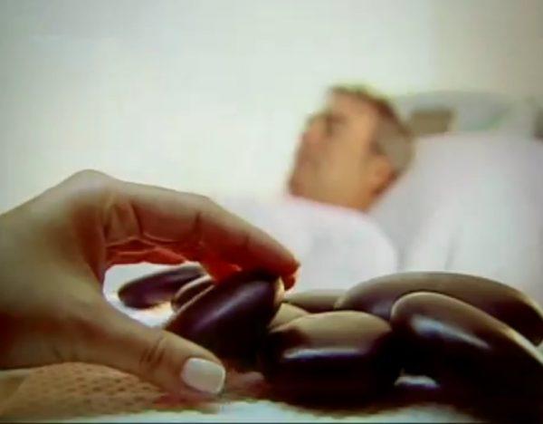 masaje-piedras-volcánicas-en-pareja